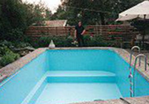 schwimmbecken02